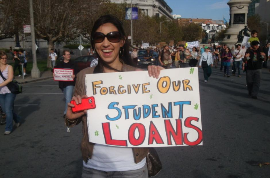 Image of Asking the Right Questions About Student Loan Debt