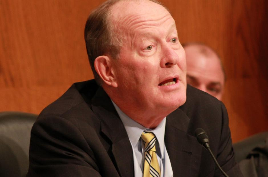 Image of Sen. Alexander: Federal Dollars Should Follow Students
