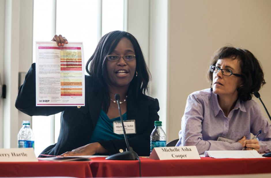 Michelle Asha Cooper(L), director of the Institute for Higher Education Policy, speaks at the Higher Education Seminar put on by the Education Writers Association and hosted by Southern Methodist University (Credit: SMU 2014, Photo by Kim Leeson)