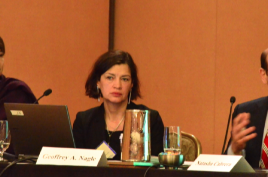 Lillian Mongeau of The Hechinger Report (left) moderates a conversation with Natasha Cabrera and Geoffrey Nagle at EWA's National Seminar in Chicago in May 2015. (EWA/Mikhail Zinshteyn)