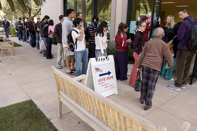 Californians stand in line to vote at Stanford University. A recent poll conducted by the Los Angeles Times and the USC Donrsife College of Letters, Arts and Science reveals Latino and white voters feel differently about the value of standardized tests in public schools. Source: Flickr/ Josh Thompson (CC BY 2.0)
