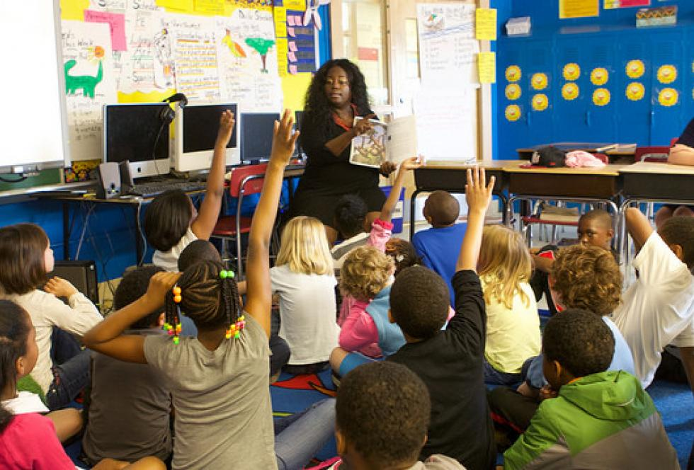 Teacher Lisa Jones leads a lesson at Watkins Elementary School in Washington D.C. (Flickr/U.S. Department of Education)