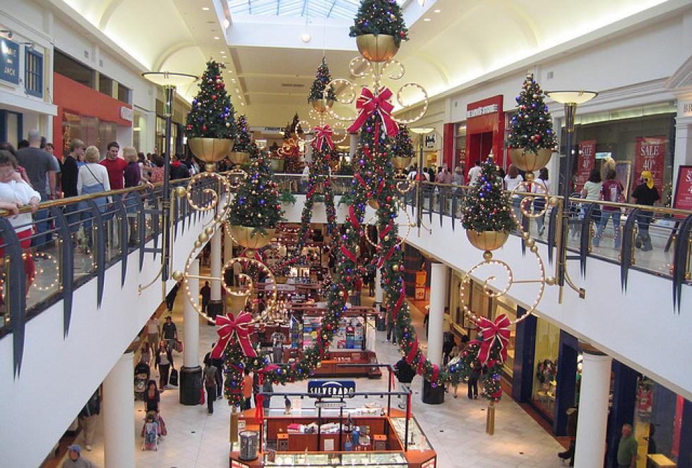 The mall can be a goldmine of story ideas - and sources - for education reporters during the holiday weeks when schools are closed. (Flickr/AmandaB3