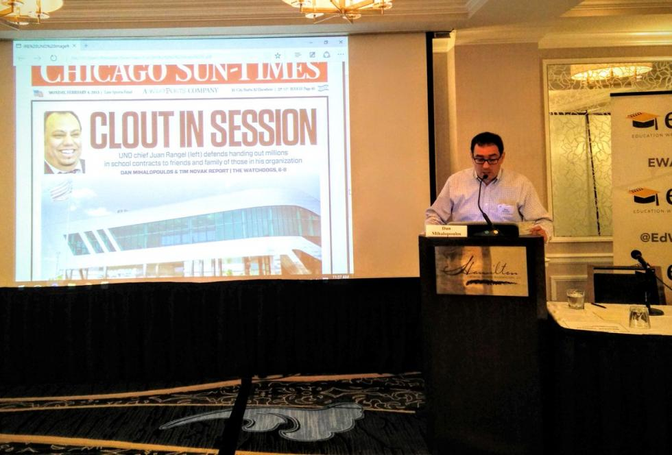 Dan Mihalopoulos of the Chicago Sun-Times speaks at EWA's 2016 Spanish-language media convening about his investigation into the finances of Chicago's UNO charter school network. Source: Michael Marriott/ EWA
