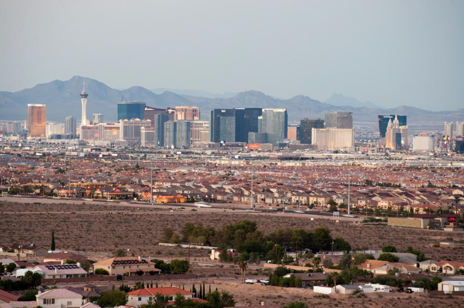 Many neighborhood schools in the Las Vegas Valley have a clear view of the city's fabled Strip. (Flickr/Andrew)