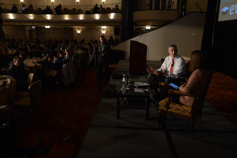 U.S. Secretary of Education Arne Duncan talks with reporter Motoko Rich of the New York Times at EWA's 68th National Seminar in Chicago, May 2015. A write-up of Duncan's remarks was among the year's most popular Educated Reporter blog posts.
