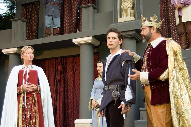 "Ohio Shakespeare Festival production of ""Hamlet"" at Stan Hywet Hall & Gardens. (Flickr/Phil Kalina for Stan Hywet Hall & Gardens)"
