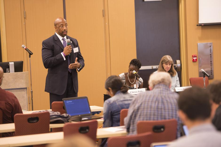 Paul Quinn College President Michael Sorrell discusses recent changes and programs at the Dallas-based HBCU at EWA's 2015 seminar on higher education. Source: Valencia College/ Don Burlinson