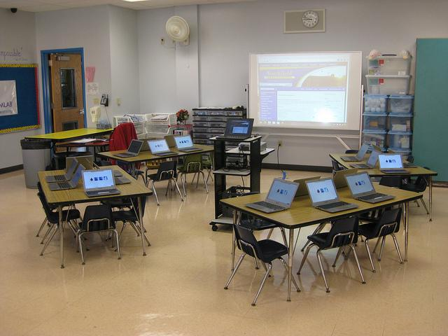 Classroom with Chromebooks Flickr/kjarrett (CC BY 2.0)