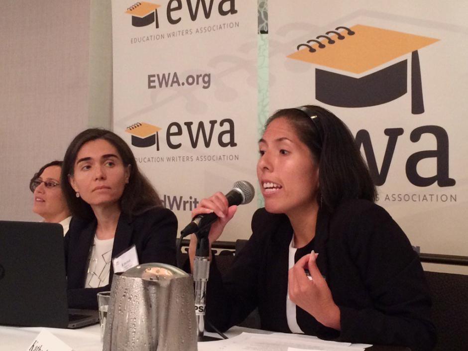 Katherine Valle, a higher education policy advisor in the U.S. House of Representatives, speaks about inequities in higher education at EWA's third annual Spanish-language media convening. She was joined on a panel by, from left, Gigliana Melzi of New York University and Emma García of the Economic Policy Institute. Source: Twitter via @espinosalet
