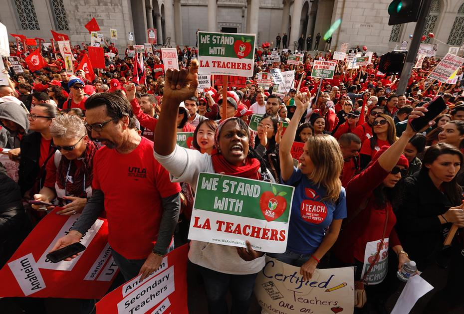 photo of LA teachers strike