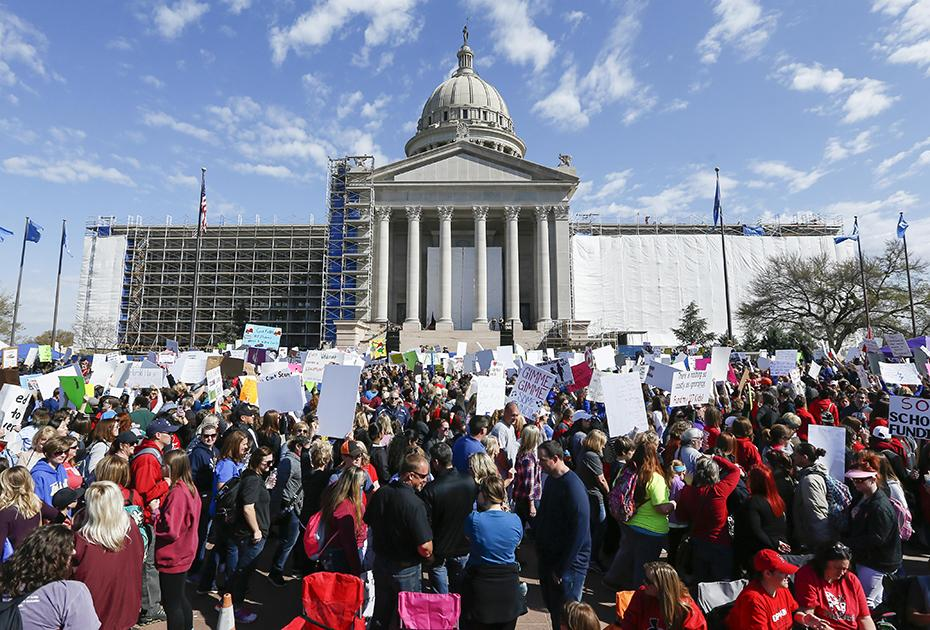 image of teachers rally in front of OK state capitol 2018.